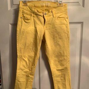 Yellow Old Navy Rockstar skinny Jeans